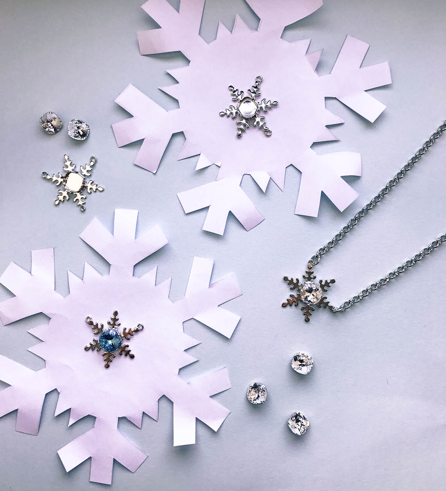 10mm Square Cushion Cut Single Pendant Snowflake Necklace